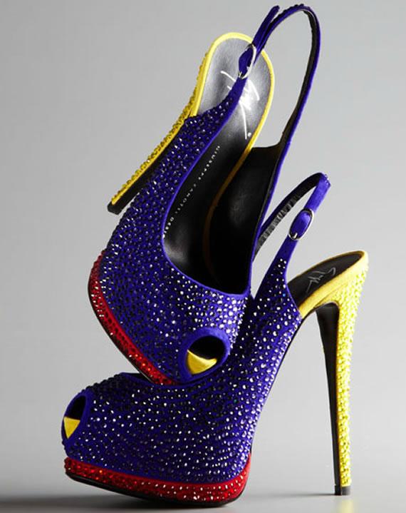 Яркие туфли от Giuseppe Zanotti