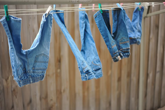 self cleaning jeans 1 Self cleaning jeans purify themselves in sunlight