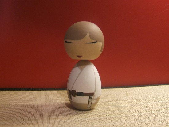 doll jeldi 550x412 Star Wars inspired Kokeshi dolls make for great collectibles