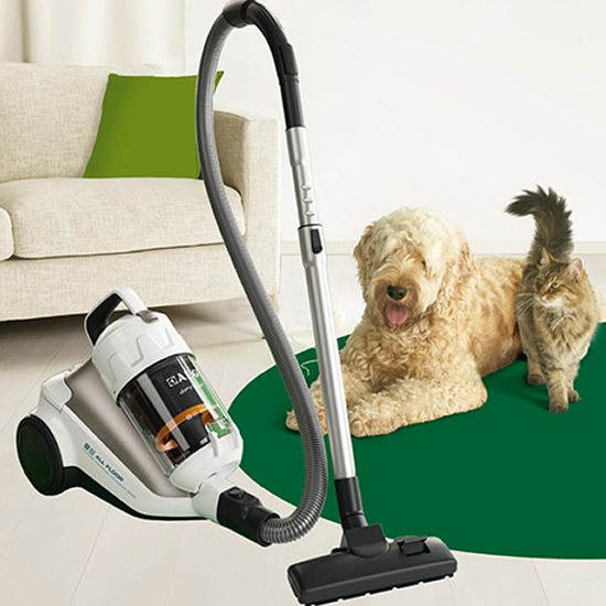 aeg aptica vacuum 1 AEG Aptica Animal Care vacuum allows a clean home and a pet too