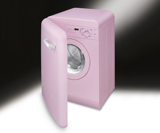 lbb14 washing machine Smeg launches the LBB14 Washing Machine: With 50s style but modern functions
