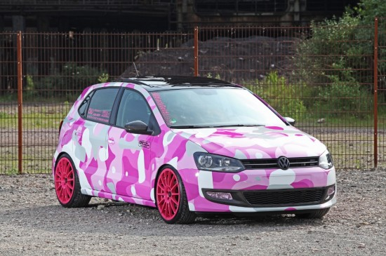 polo gti pink 550x365 The Volkswagen Polo GTI gets an unusual pink camo makeover