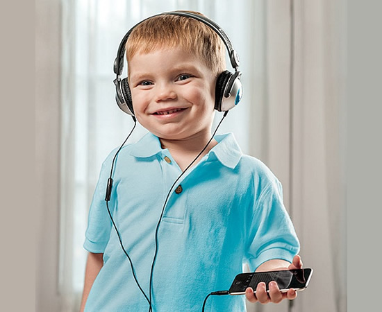 kids headphone Buy some peace with Kids Headphones for iPod, iPad, and iPhone