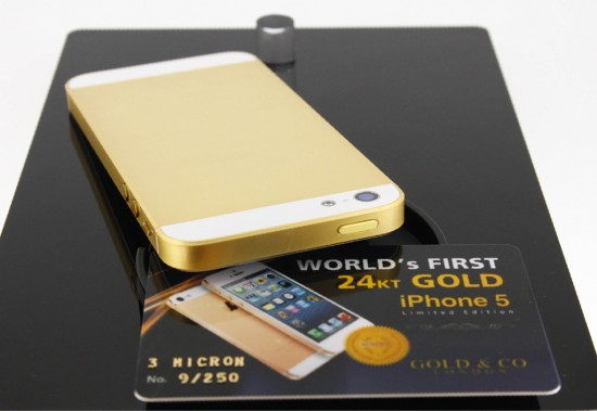 iphone5 gold 4 550x379 iPhone 5 decked with 24kt gold and Swarovski