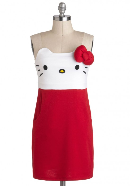 546dfd11d7c6fb302a1b562bad38240d 550x785 Hello Kitty Dress: For an adorable Christmas