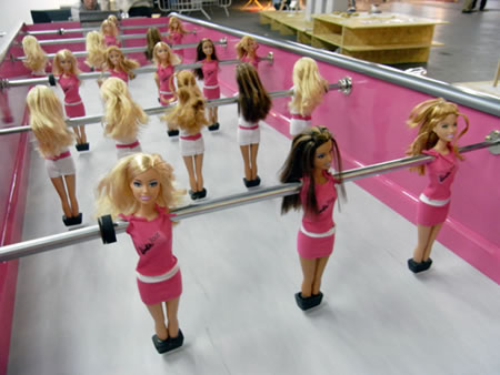 Barbie_foosball_table2.jpg