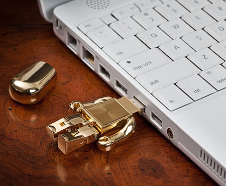 Golden-Robot-USB-2.jpg