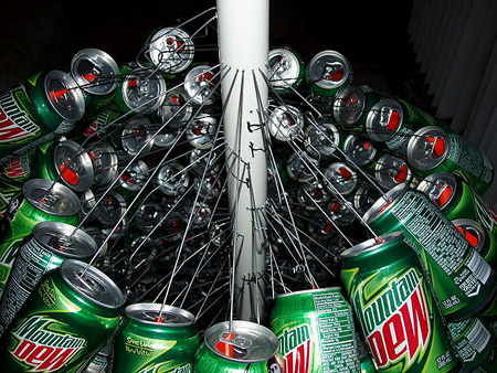 Mountain_Dew_Christmas_tree2.jpg