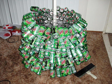 Mountain_Dew_Christmas_tree4.jpg