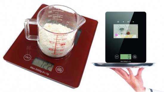 kitchen scale video display 550x309 Kitchen Scale with Built In Video Display