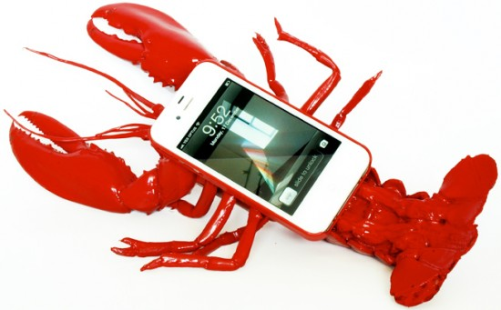 lobster case 1 550x341 Lobster iPhone Case: For Seafood Lovers!