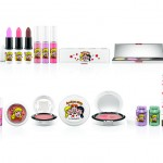 mac archies girls 17 150x150 MAC Archie Girls Cosmetics will Doll you Up!