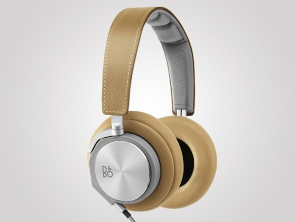 b and o headphones1 590x442 Bang & Olufsen unveils the BeoPlay H6: The headphones of the future